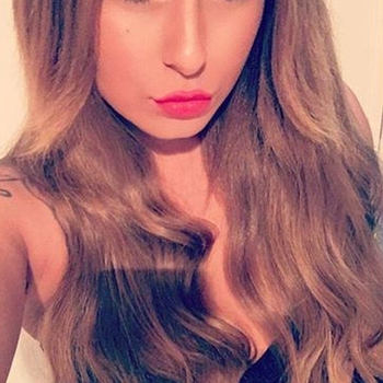 Prettylittlegirl (22) uit Friesland