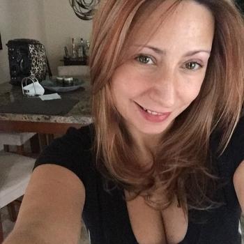 Lekkere sex met een 40-jarig milfje uit Gelderland