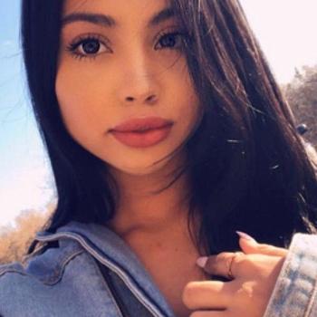 Gratis sexdate met deze 18-jarig meisje uit Oost-vlaanderen