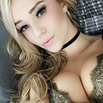 Nieuwe sex date met 20-jarige vrouw uit Noord-Holland